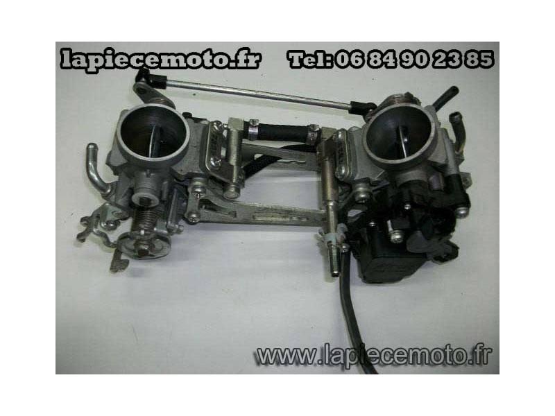 Rampe d'injection complete SUZUKI 650 SV K7 ABS