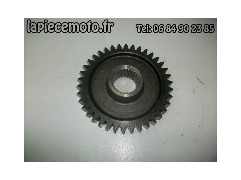 Pignon de primaire HONDA 750 VFC RC28