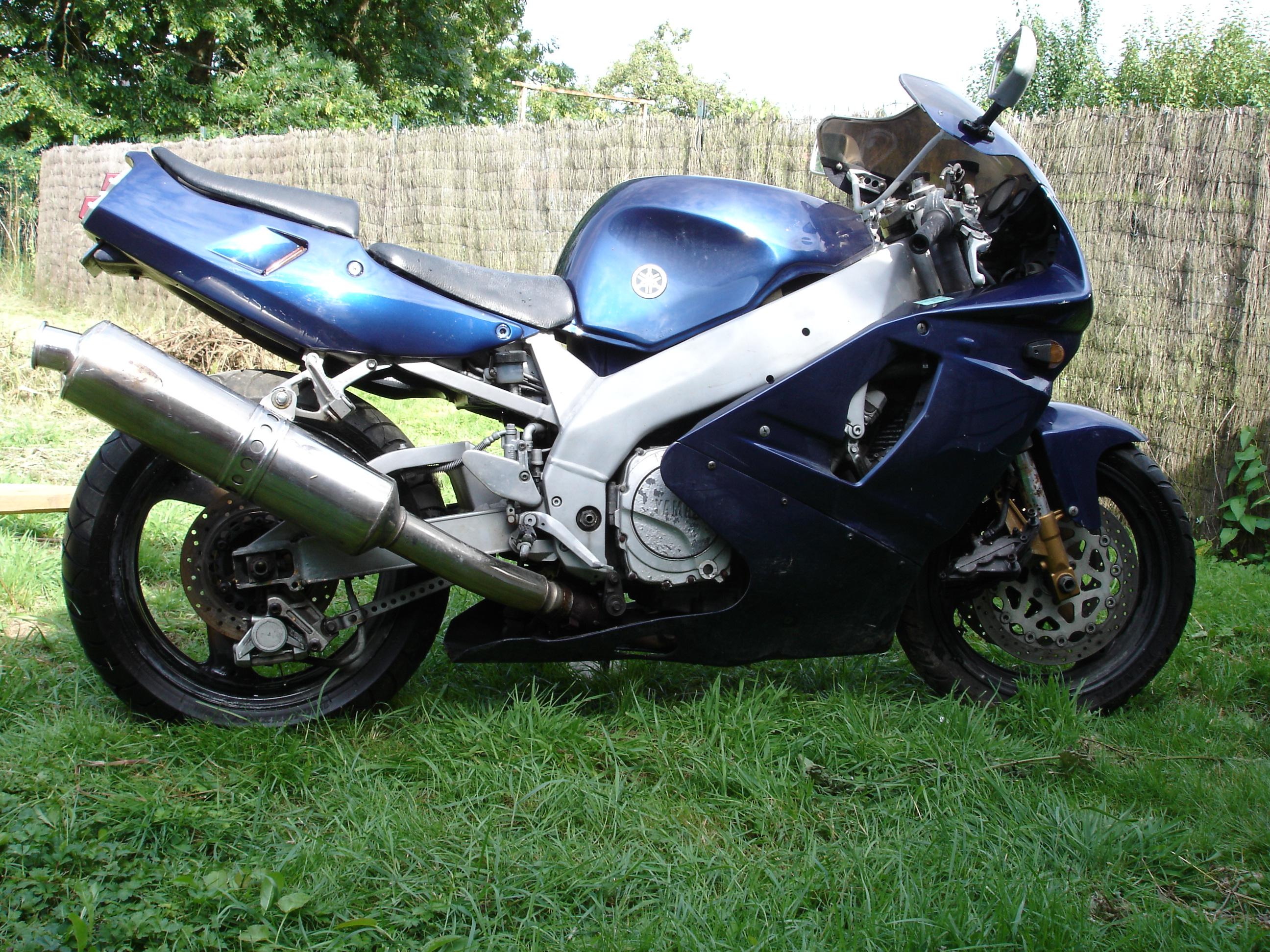 Moto pour pieces